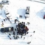 Kış merkezi Erzurum'da karda rafting yapılıyor