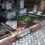 Manisa'da mezarlıkta akılalmaz olay!