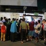 Endonezya'da döner için günlerce sıra bekliyorlar