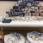 Otomobilden uyuşturucu satan şüpheli suçüstü yakalandı