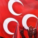 MHP'de İlçe Başkanı ve yönetimi istifa etti
