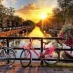Amsterdam'da turistlere yeni vergi: Her gece için ek 3 euro