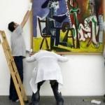 Pablo Picasso'nun milyonluk tablosunu yırttı