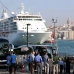 64 dev gemi İstanbul'a geliyor
