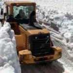 Yüksekova'da kar kalınlığı 5 metreyi aştı