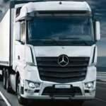 Mercedes'in 300 bininci kamyonu banttan indi