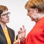 Reuters son dakika duyurdu! Almanya'da 'mini Merkel' depremi