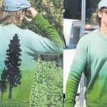 Oscar ödüllü oyuncu Brad Pitt'in çam ağacı tasarımlı kazağı dudak uçuklattı!