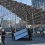 İBB'nin Taksim'e kurduğu geçici sergi platformu kaldırılıyor