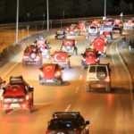 İdlib şehitleri için 500 araçlık konvoy yaptılar
