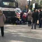 Kadıköy'de yaşlı adama beton mikseri çarptı