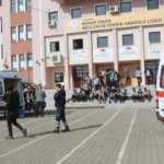 Adıyaman'da 40 öğrenci zehirlenerek hastaneye kaldırıldı