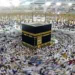Suudi Arabistan Kabe'yi tavaf için yeniden açtı