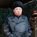 Kim Jong-un, füze ateşlemesini koronavirüse karşı maske takan askerlerle maskesiz izledi