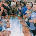 17 yaşındaki Beyza 5 dakikada 6 metre börek yedi