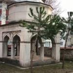 Bursa'da akılalmaz olay! 600 yıllık türbeye gizlemişler