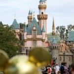Disneyland'a Koronavirüs önlemi! 16'tan itibaren kapanacak