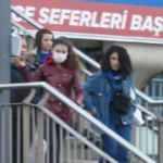 İstanbul'da vatandaşlardan toplu ulaşımda maskeli önlem