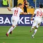 Kapanış maçında son sözü Podolski söyledi
