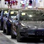 Koronavirüs yüzünden Tesla çalışanlarını geri çekti!