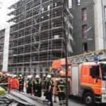 Hamburg'ta inşaat iskeleti çöktü: 1 ölü, 8 yaralı