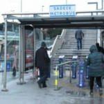 İstanbul'da yollar ve toplu taşıma boşaldı: Yoğunluktan binilmeyen durak bomboş kaldı