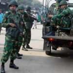 Bangladeş'de ordu sokağa iniyor