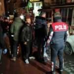 Beyoğlu'nda koronavirüs önlemlerine uymayan derneğe baskın: 20 gözaltı