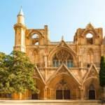Kiliseden camiye çevrilen tarihi yapılar: Kıbrıs Lala Mustafa Paşa Camii