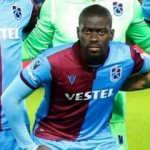 Badou Ndiaye bıçak altına yattı