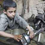 Türkiye'de 720 bin çocuk çalışan var