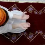 Berat Kandili'nde dualar evlerden yükseldi