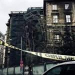 İstanbul'da şiddetli rüzgar nedeniyle okulun inşaat iskelesi çöktü