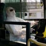 Metrobüs şoförleri tulum giydi