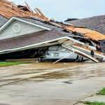 ABD'deyi kasırga vurdu: Yüzlerce ev yıkıldı, çok sayıda ölü var