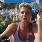 Eşinin cesediyle 2 gün yaşayan Alman kadın, evinde ölü bulundu
