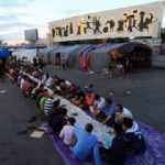 Irak'ta hükümet karşıtı göstericiler, iftar sofrasında buluştu