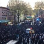 ABD'de cenaze töreninde sosyal mesafe hiçe sayıldı