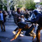 Almanya'da izinsiz 1 Mayıs gösterilerine polis müdahalesi