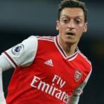 """Arsenal'den Mesut Özil'e: """"Sen anlaş, maaşı biz tamamlarız"""""""