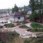 Kırgızistan'da sel: Evler su altında kaldı