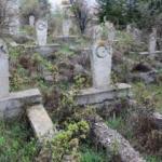 Yozgat'ın ay yıldız işli gizemli mezarları!