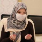 Ramazan ayının atmosferinden etkilendi, Müslüman oldu
