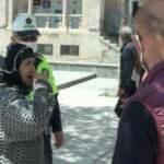 Sokağa çıkarken cüzdanı çalınan kadın gözyaşlarına boğuldu
