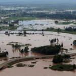 Ülkeyi sel vurdu: 194 kişi hayatını kaybetti
