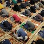 Bosna Hersek'teki camilerde ramazan ayının ilk teravih namazı kılındı