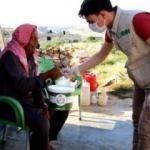 İHH'den İdlib'de 200 bin kişiye iftar yemeği