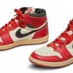 Bu ayakkabılar 560 bin Dolar'a satıldı!