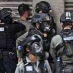 Hong Kong'da yeni güvenlik yasası girişimi protestosu: 120 gözaltı