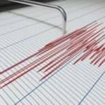 Endonezya'da 7,1 büyüklüğünde deprem